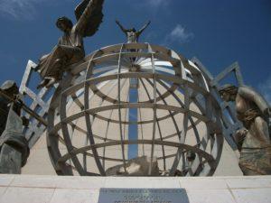 Monumento La Terra risorta le porte del Cielo